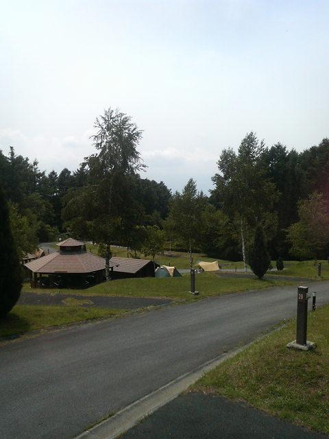 高原のキャンプ